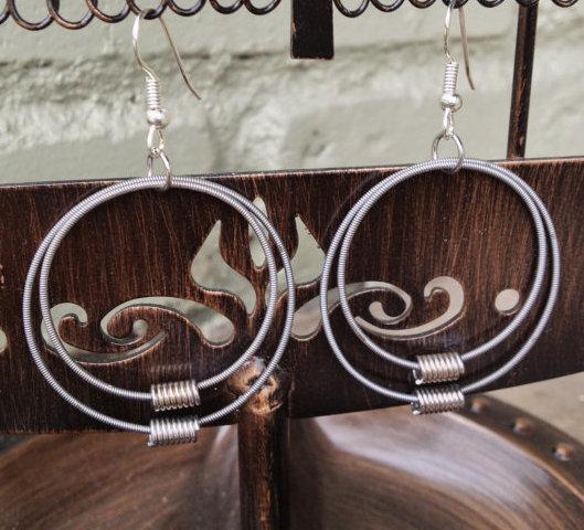 bass-string-hoop